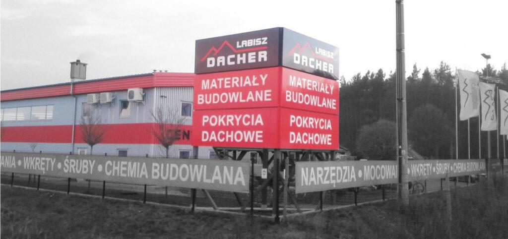 pylon dwustronny wielosegmentowy na konstruykcji trojkatnej-producent reklam advert