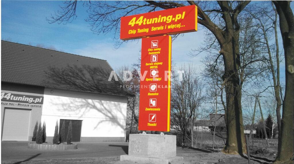 pylon reklamowy z semaforem-producent pylonow advert