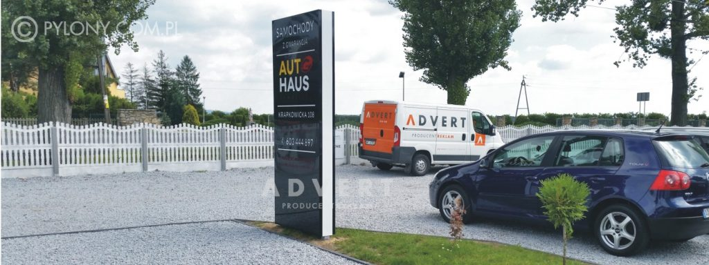 pylon dla komisu samochodowego -producent pylonow advert